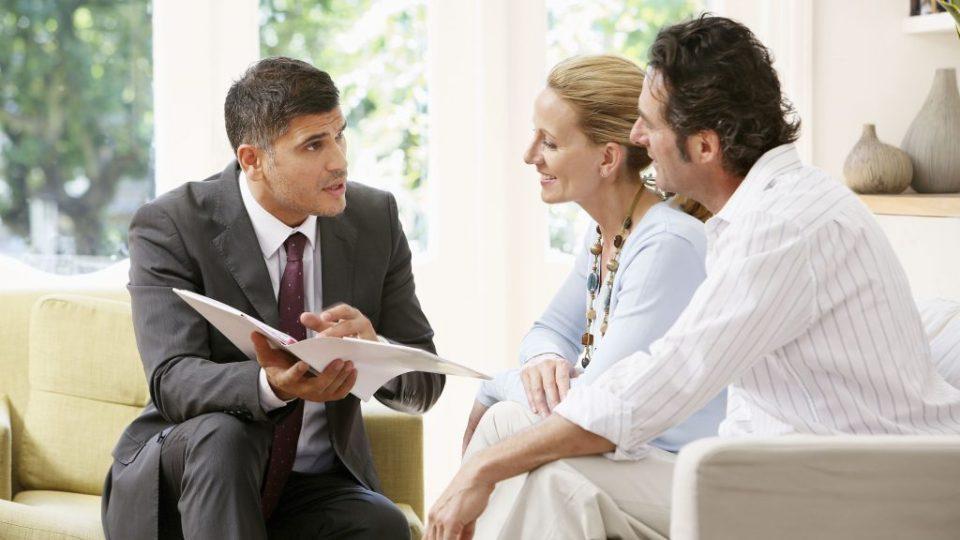 comunicazione persuasiva e tecniche di vendita: come il luogo influenza la trattativa